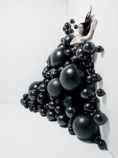 """""""Sirena"""" (serie) © Gonzaga Manso. Modelo: Laura Díaz . Maquillaje y peluquería: Marta Martínez Palmero. Producción: Inés de León"""