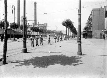 Carga durante la Semana Trágica, Fotografía de Frederic Ballell, julio de 1909. Arxiu Fotogràfic de Barcelona