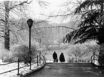 """Caperucita en Manhattan (Homenaje a Carmen Martín Gaite)"". Nueva York, enero de 2003. © Jordi Folck"